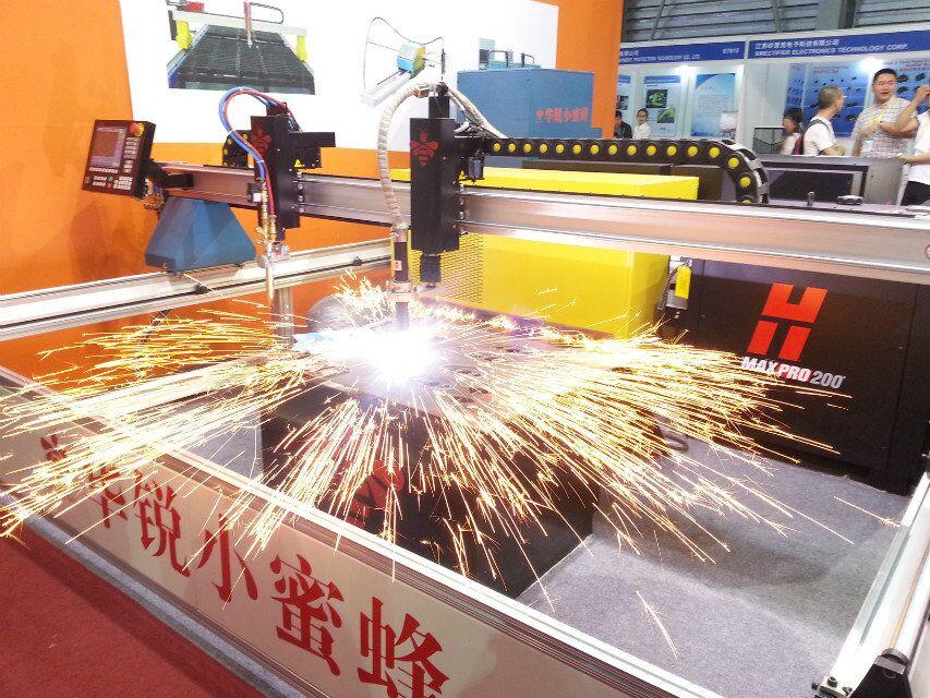 2012. Honeybee create high precision bevel cutting machine with ESAB.